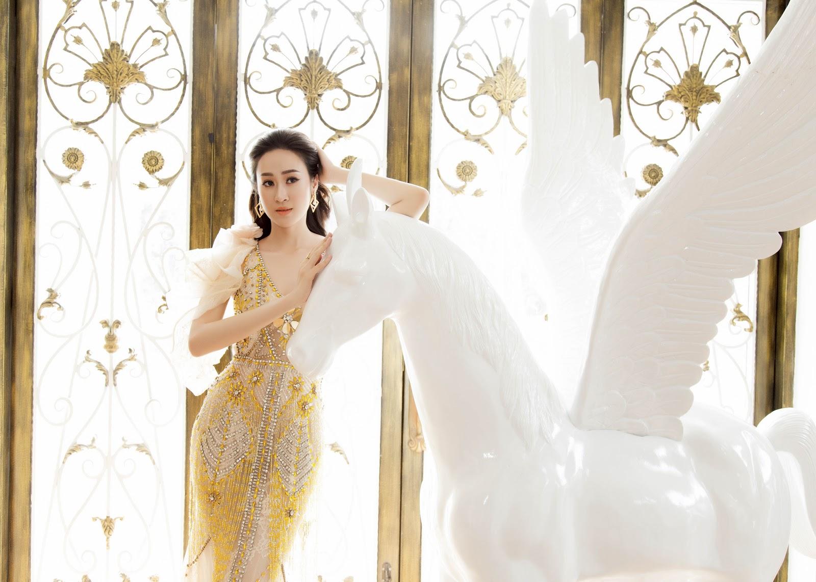 Giật mình với ảnh nóng của Hoa khôi Anika Trinh Trinh trong... bồn tắm lâu đài - Hình 9